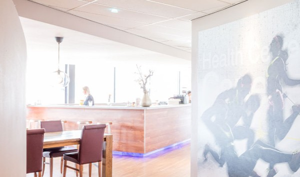 faciliteiten-bar-lounge-healthcenter-capelle.jpg